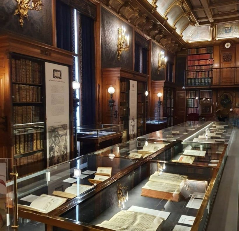 Chantilly — Cabinet des livres
